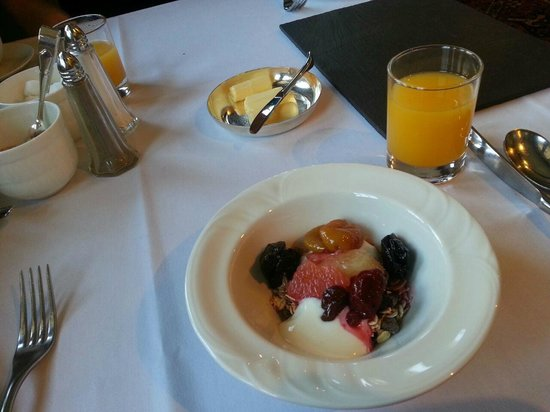 Burford House: Breakfast