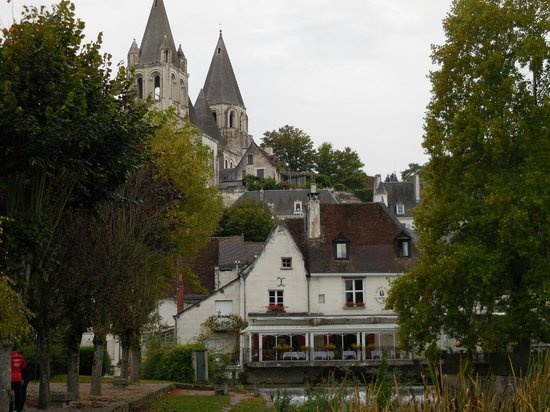 Hotel George Sand : Hotel and chateau