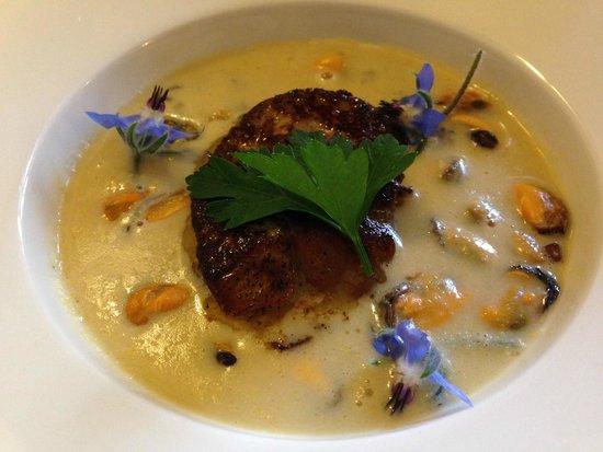 Restaurant l'Evidence : Суп из мидий с фуагра