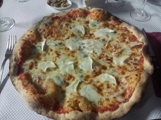 La Romantica: Quatro formaggi!