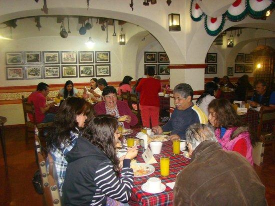 Socavon: Restaurante