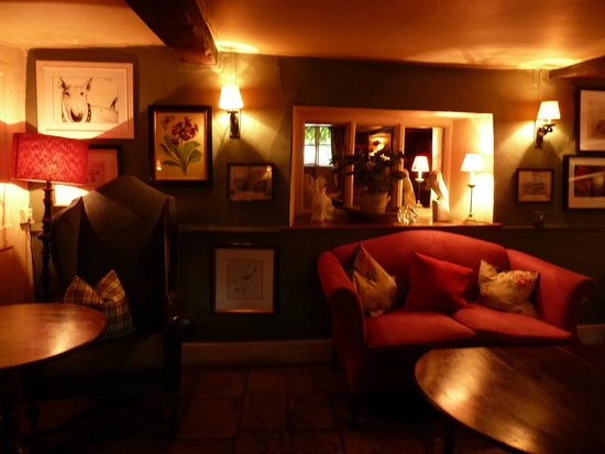 The Lamb Inn: Lounge Bar