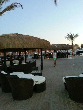 Moods Restaurant & Beach Club: moods