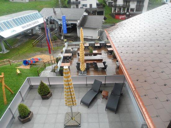 Hotel Turna: La terrasse