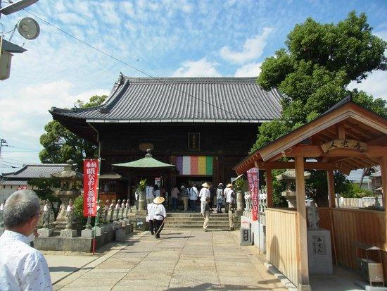 Doryuji Temple: 本堂