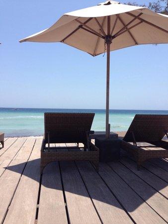 Desa Dunia Beda Beach Resort : Beach view