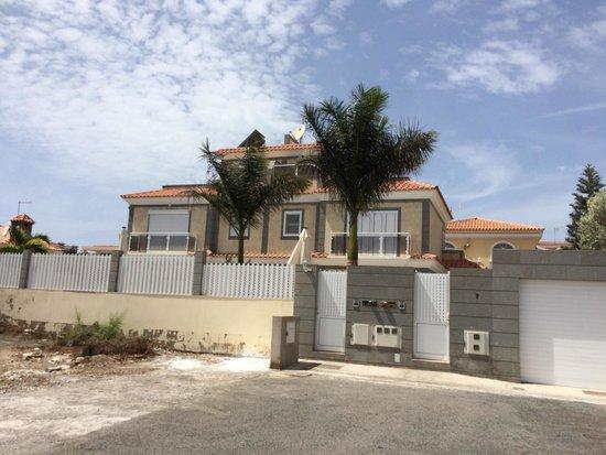 Villa Lovisi: Trevlig villa, däremot långt från strand och stad.