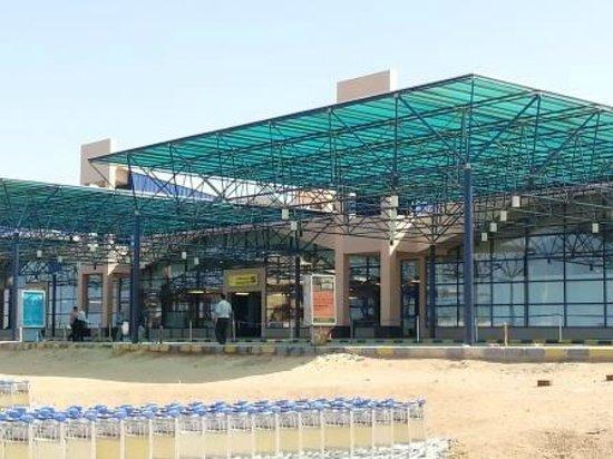 Flughafen Marsa Alam Bild Von Port Ghalib Rotes Meer Und Sinai