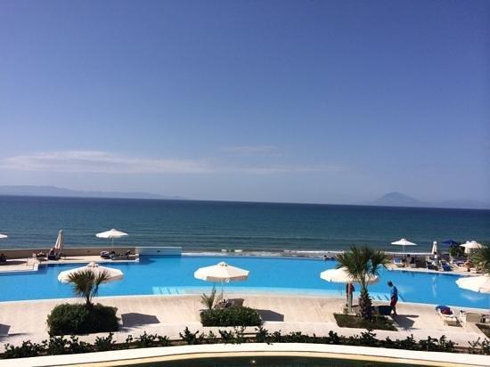 Grecotel Olympia Riviera Thalasso: Infinity Pool