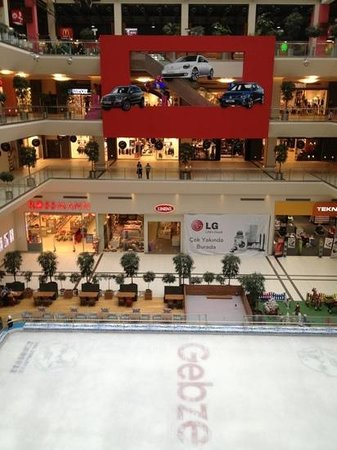 Izmit, Turcja: Gebze Center Shopping Mall