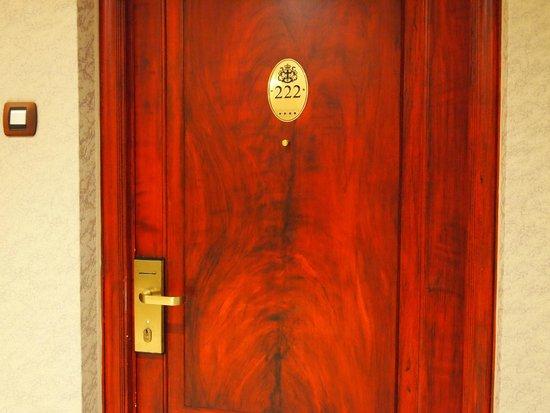 Splendid Hotel & Spa: 部屋のドア