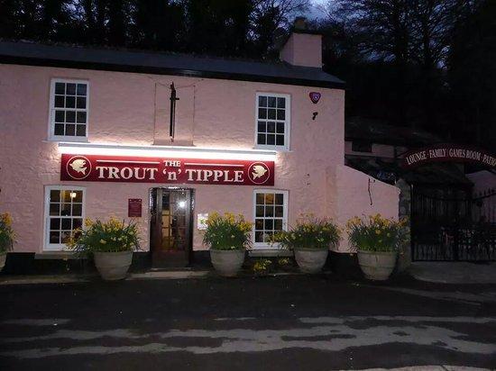 Tavistock Pubs Restaurants