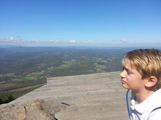 Ascutney, VT: West Peak....the hand glider launch pad