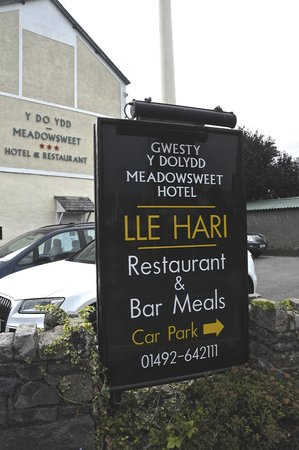 The Meadowsweet Hotel : View of signage from the car park
