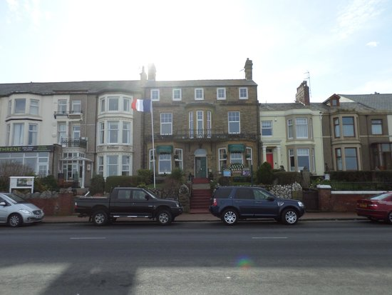 Savoy Hotel - Fleetwood: Front of hotel
