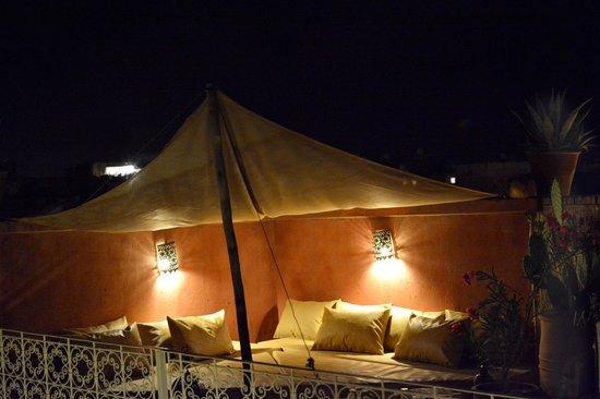 Riad Jaglia: Terrasse