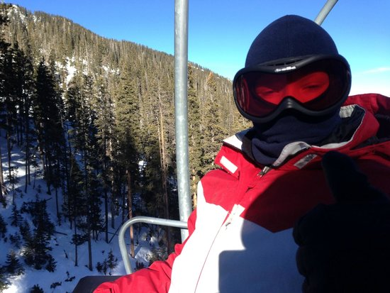 El Camino Lodge: Skiing in Taos