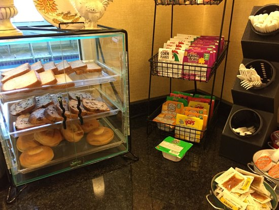 Best Western Central City: Continental breakfast.  Cereal, breads, bagels, and condiments.