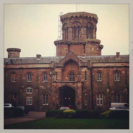 Studley Castle Hotel and Conference Centre: Your view from the front