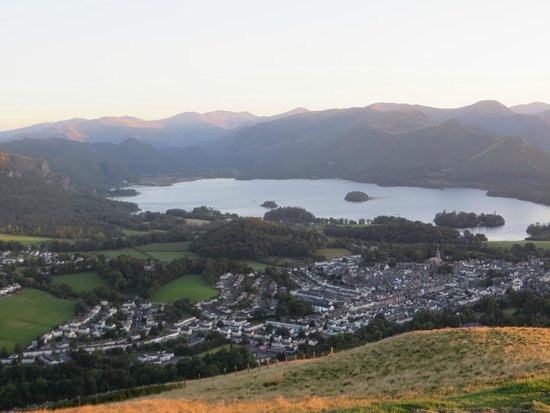 Derwentwater : view of Keswick from Latrigg