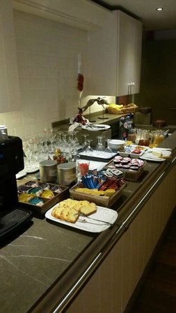 Hotel Pantheon Palace : Ontbijt