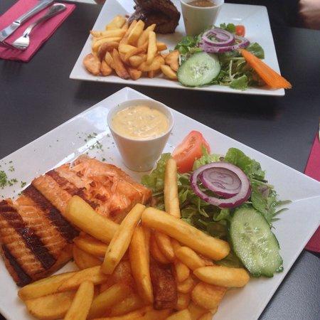Raphael Restaurant: Wie in Speisekarte abgebildet und lecker.. Im Vergleich zur Umgebung auch günstig. Kann man empf