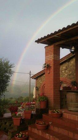 Osteria Castello di Selvole: l'arcobaleno su di noi