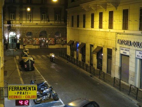 Atlantis Inn Roma : Street View From Room at Night