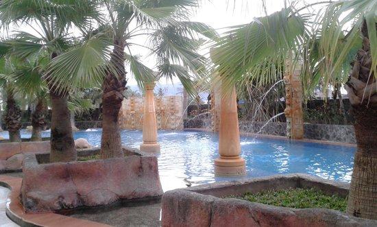 kolam renang yang indah dan asri picture of hermes