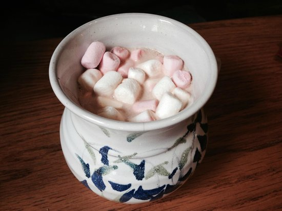 Maguires Cafe: Coffee with marshmallows