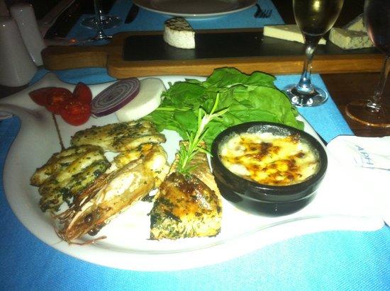 Aphrodite Restaurant: Sea food dinner