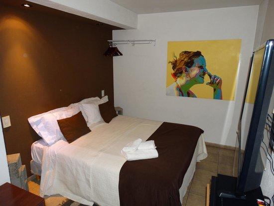 Dot Suites Mendoza : Habitación!