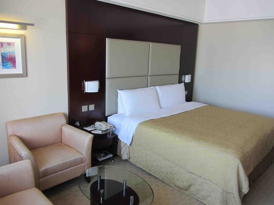 Shangri-La Hotel, Changchun : Bed
