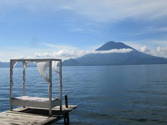 La Casa Rosa Hotel: Direkt am Lago Atitlán liegen und wegträumen