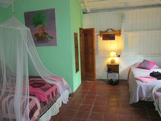 La Casa Rosa Hotel: Bungalow gemütlich