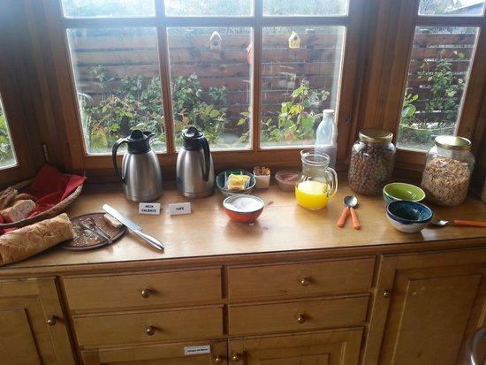 La Barraca Suites: El desayuno
