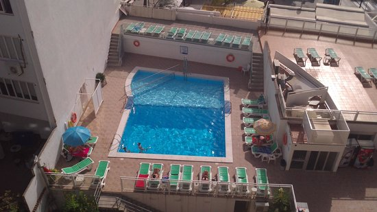 Hotel Amic Miraflores: View of Pool