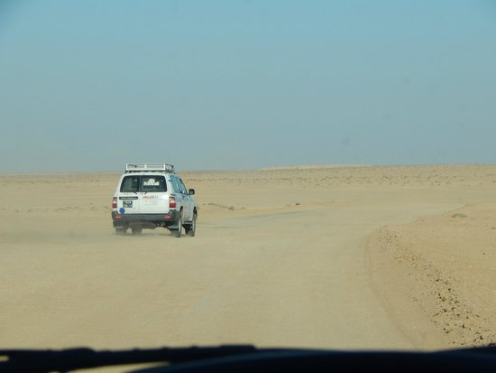 Sahara Desert: 4 x 4 trip