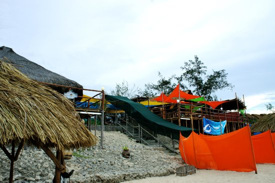 Fatima's Nest: Fatima's- Beach View