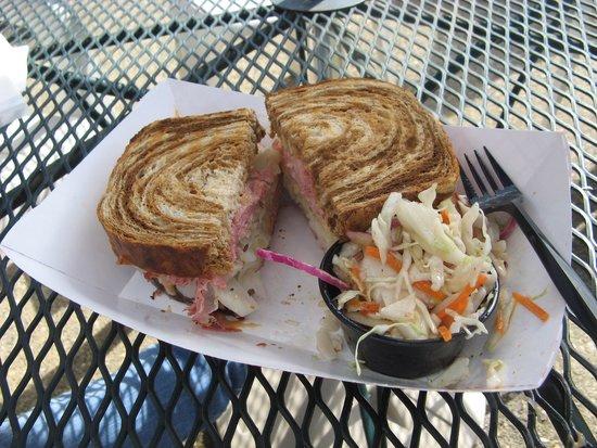 Cy's Deli: Ruben sandwich