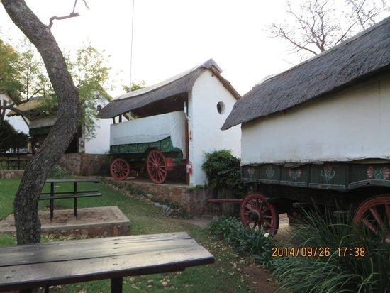 Oxwagon Lodge: Rooms