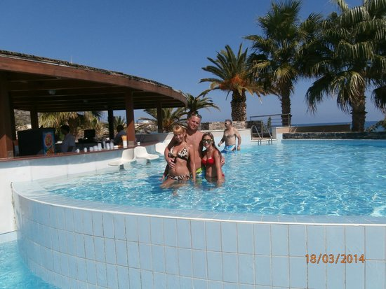 SENTIDO Blue Sea Beach. Ants in room   Picture of SENTIDO Blue Sea Beach  Stalis   TripAdvisor