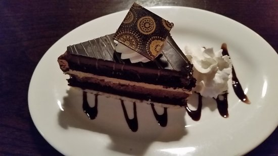 Fabiani's Bakery and Pizza: chocolate peanut butter bomb...so good!