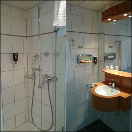 ibis Styles Luzern City : Bathroom (2 photos stitched) the toilet was behind a seperate door (not shown).