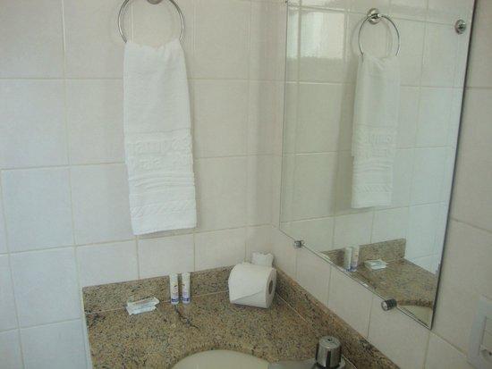 Champagnat Praia Hotel : Banheiro