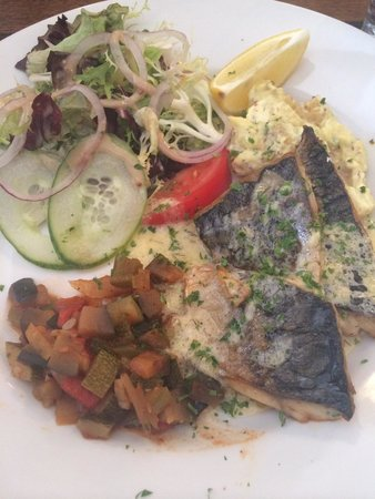 Cafe Cassis: Mackerel lunch