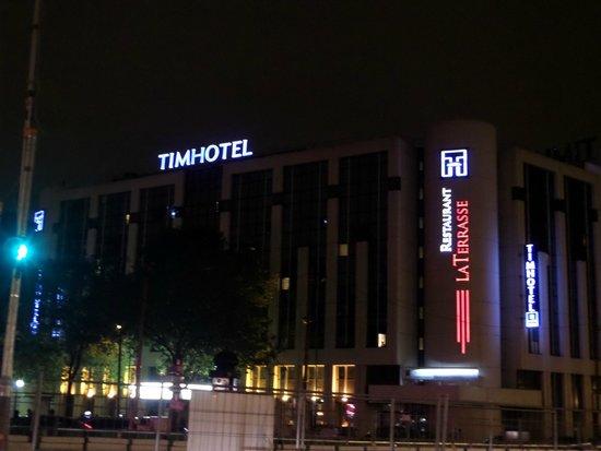 Timhotel Paris XVII Bd Berthier: Hotel por fuera