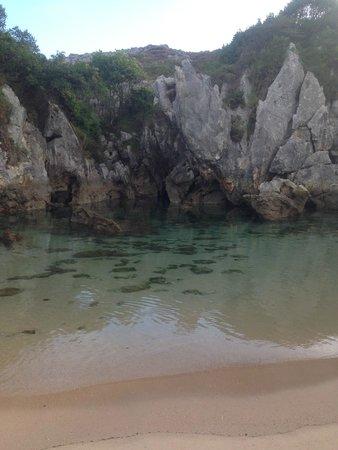 Playa de Gulpiyuri: Mi playita