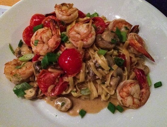 Legal Sea Foods : Schrimp & Garlic with Pasta