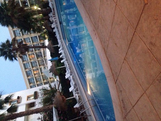 Hostal Mar y Huerta: Pool side